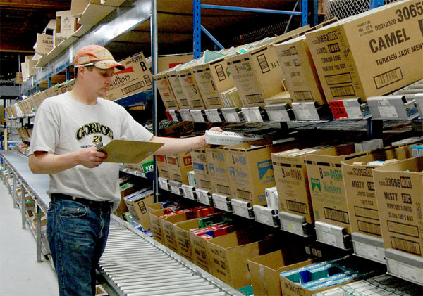 How To Choose The Right Carton Flow Rack Type Cisco Eagle