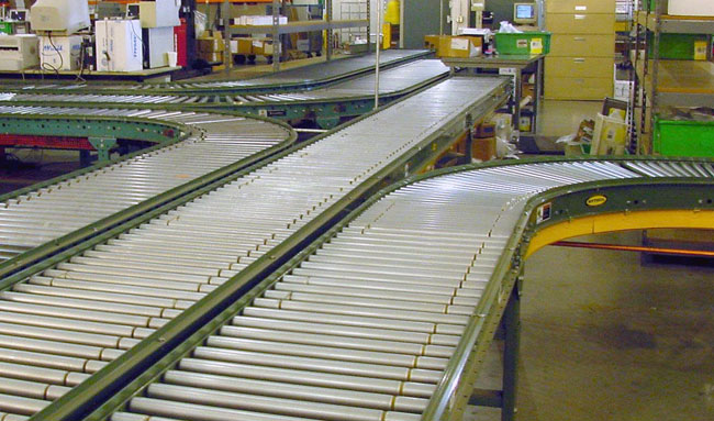 Conveyor system merge area