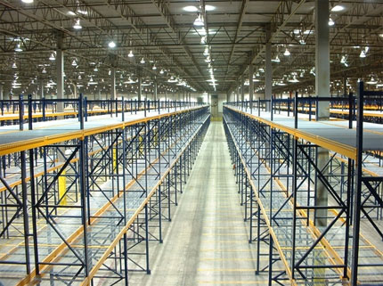 pallet rack system in a warehouse