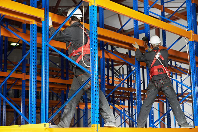 installation for pallet rack with fall safety prevention