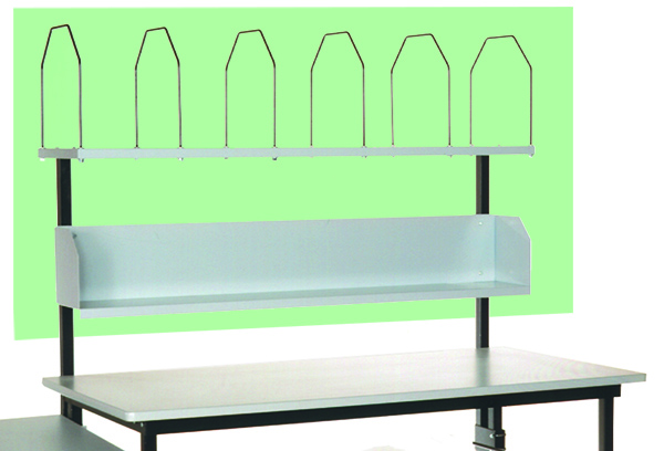 Front reach zone with shelves for an industrial workbench